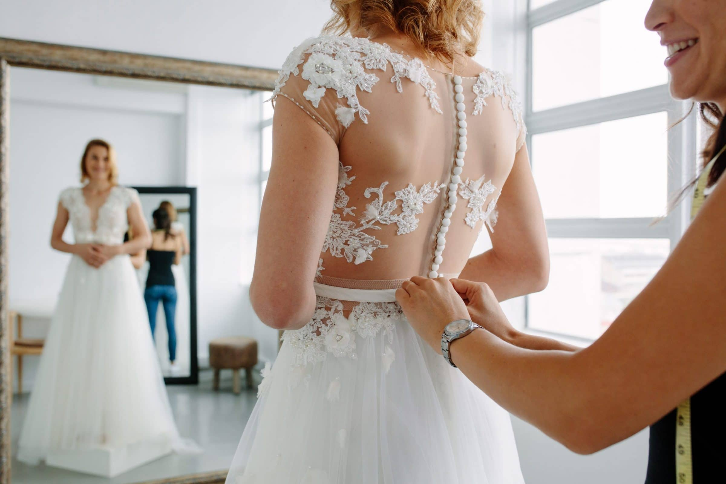 What to Bring to Your Bridal Dress Shopping Appointment
